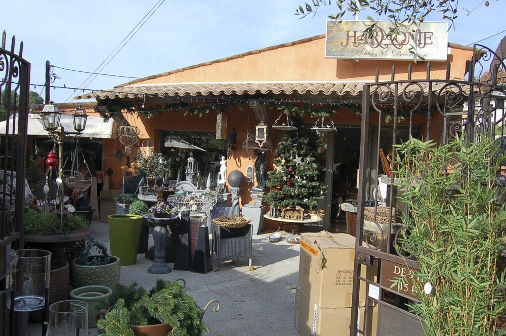 06_Biot shops265