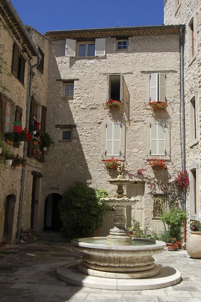 06_Tourrettes sur Loup1664