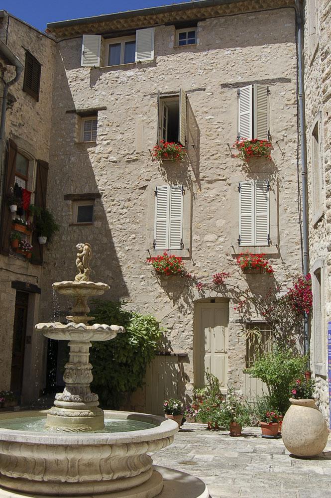 06_Tourrettes sur Loup1665