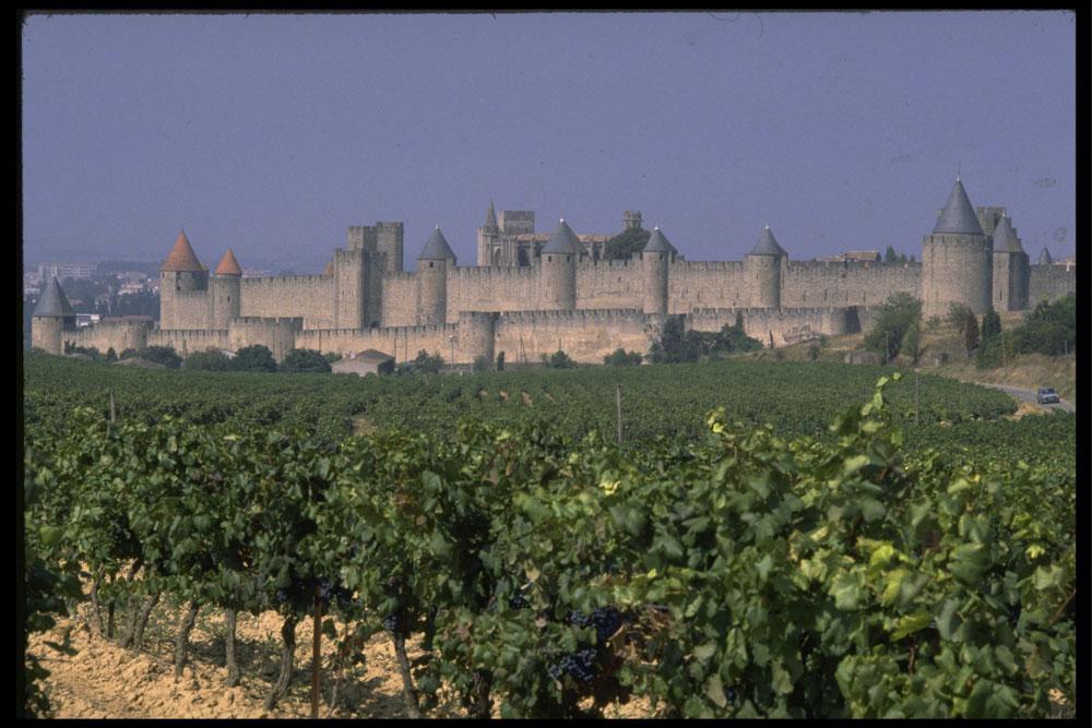 11_carcassonne1400