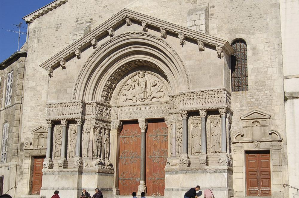 13_Arles824