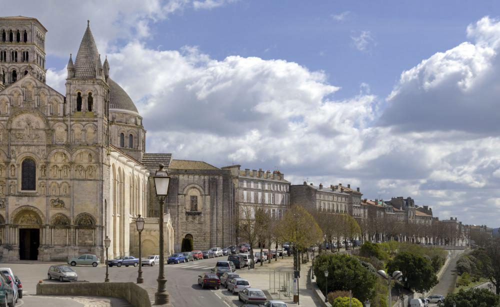 16_Angouleme1386