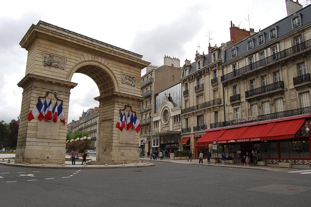 21_Dijon1270