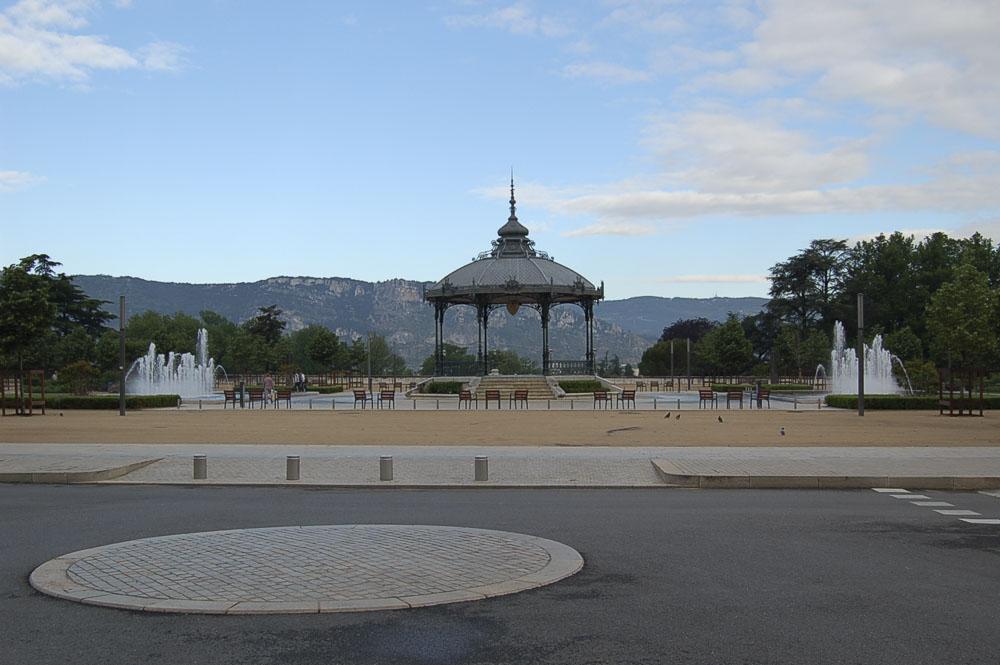 26_Valence1313