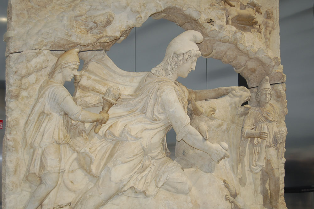 62_Lens Louvre510