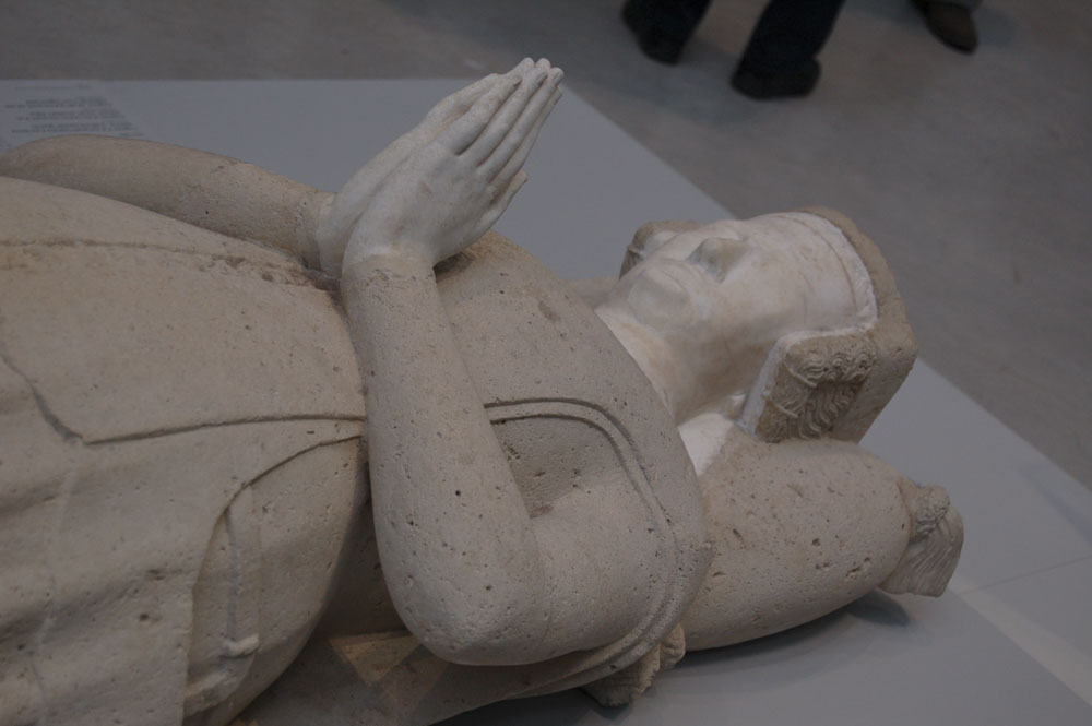 62_Lens Louvre512