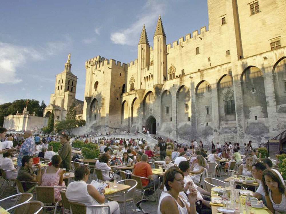 84_Avignon734