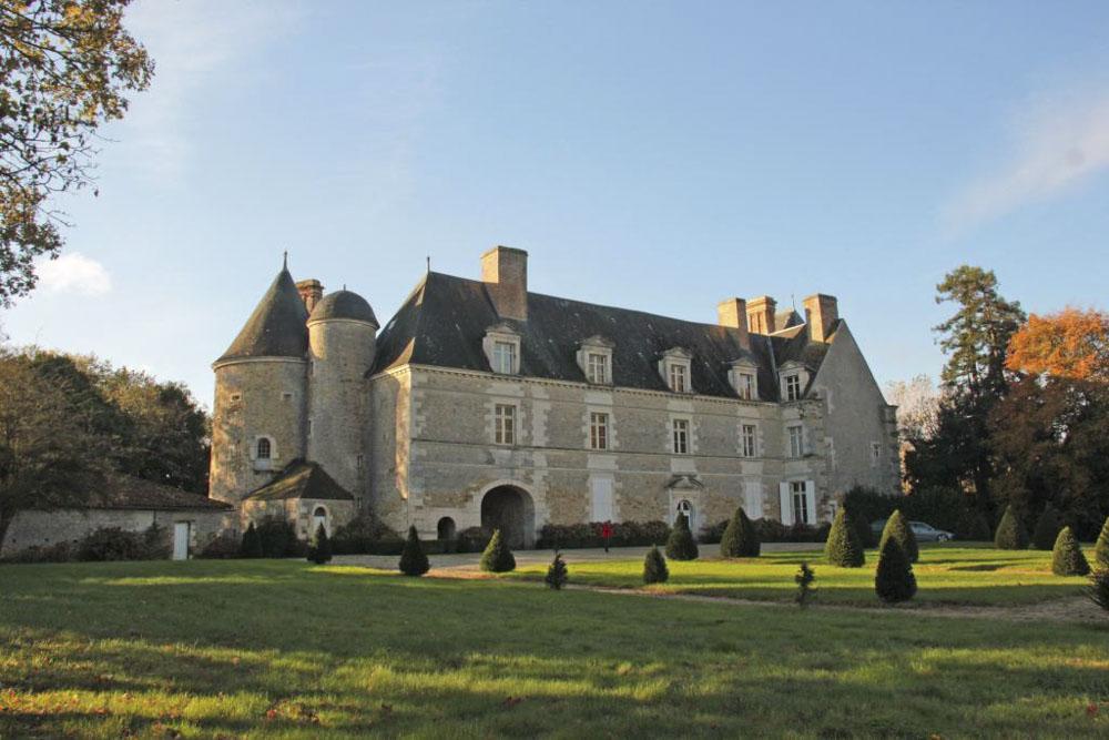 85_La Roche sur Yonne1230