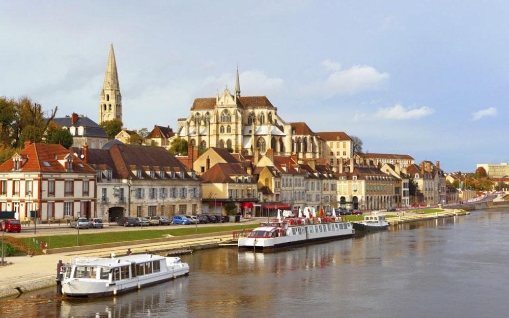 89_Auxerre1284