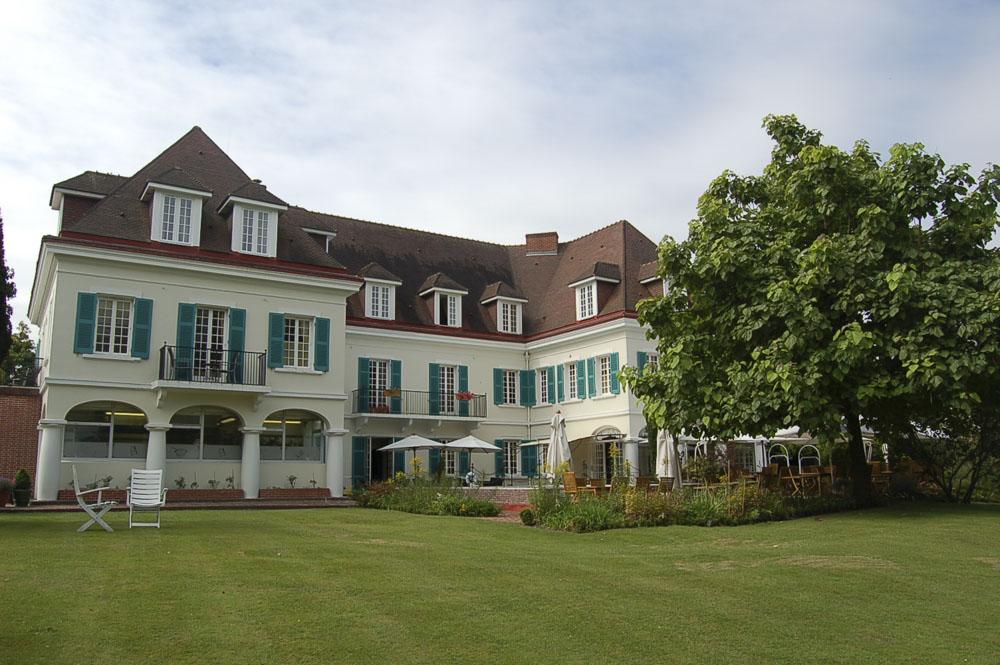 62_Chateau de Montreuil1641